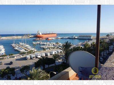 Apartamento luminoso. Excelente Ubicacion.Situado junto al puerto deportivo de Garrucha. Se encuentr,Spain