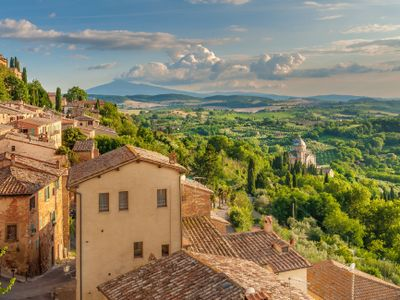 View properties for sale in Tuscany