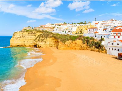 View properties for sale in Algarve