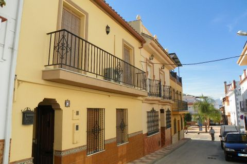 5 спальни Таунхаус купить во Alhaurin El Grande