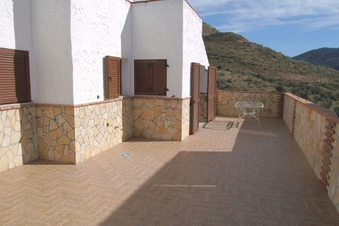 3 bedrooms Penthouse to rent in Torrox