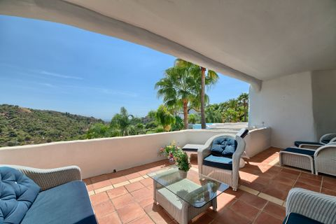 3 bedrooms Apartment for sale in Benahavis