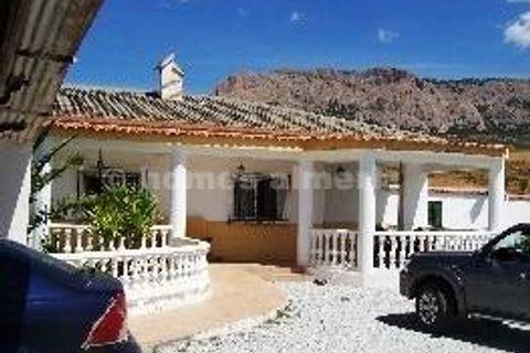 4 sovrum Hus på landet till salu i Velez-Rubio