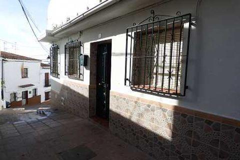 3 спален Таунхаус купить во Velez Malaga