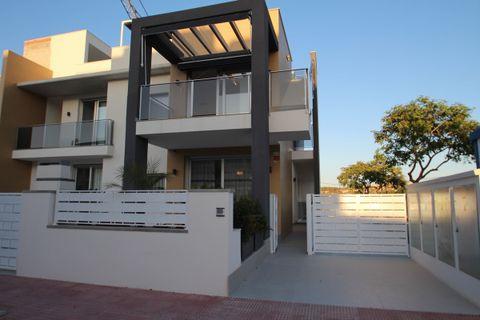3 camere da letto Casa bifamiliare in vendita in Guardamar Del Segura