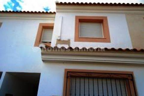4 habitacions Casa en ciutat per vendre en Taberno