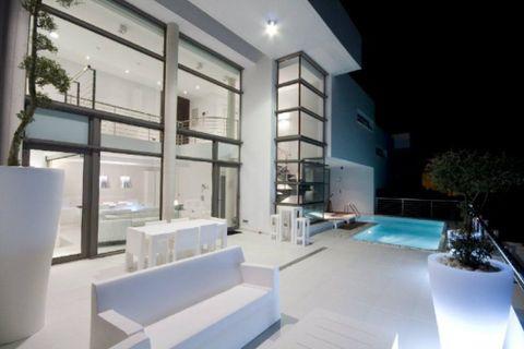 4 habitacions Casa en ciutat per llogar en Altea