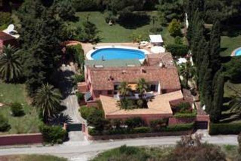 13 bedrooms Villa for sale in Marbella
