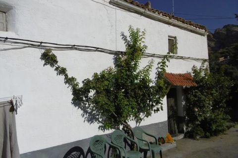 4 makuuhuonetta Kylätalo myytävänä Cuenca