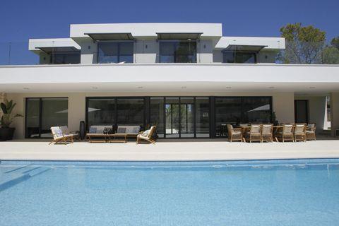 6 bedrooms Villa to rent in Santa Ponsa