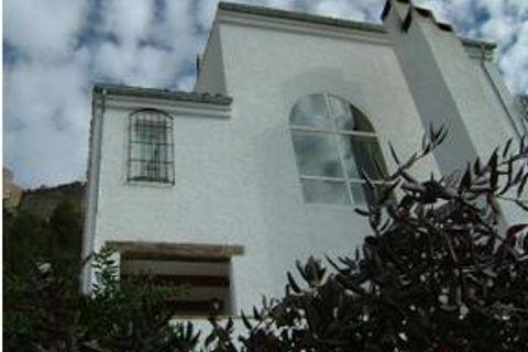0 slaapkamers Commercieel vastgoed te koop in Segura De La Sierra