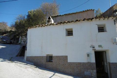 3 soverom Landsbyhus til salgs i Cuenca
