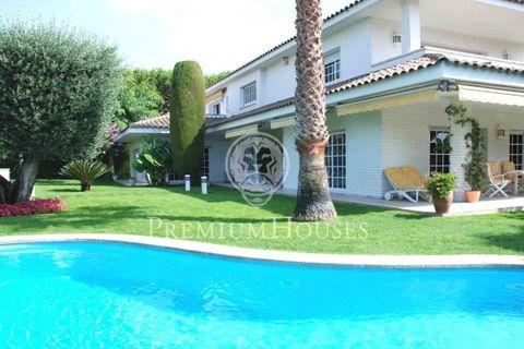 5 soveværelser Villa til salg i El Masnou