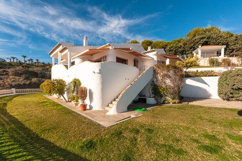 4 bedrooms Villa for sale in Nerja