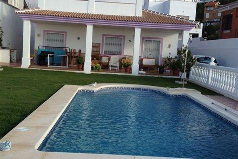 3 спальни дом купить во Малага