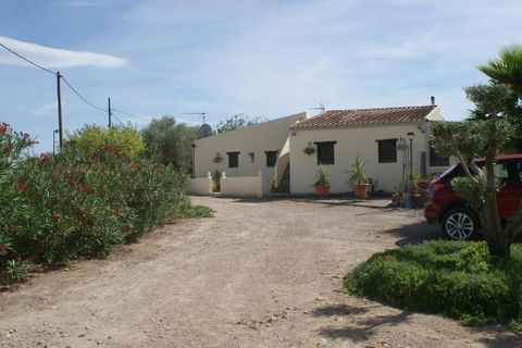 3 bedrooms Country house for sale in Benissanet