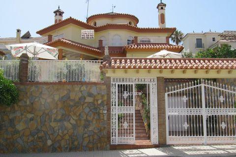 5 habitaciones Villa en venta en Torre Del Mar