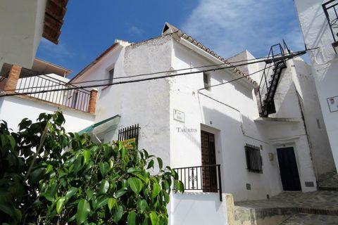 6 chambres Maison de ville à vendre dans Canillas De Albaida