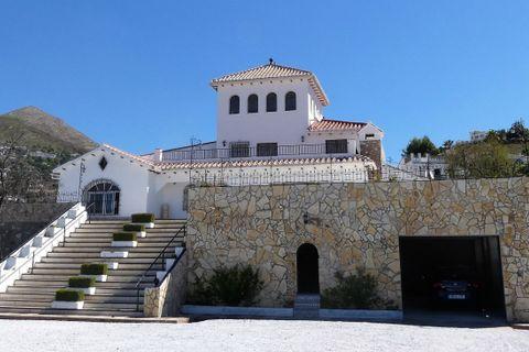 5 bedrooms Villa for sale in Competa