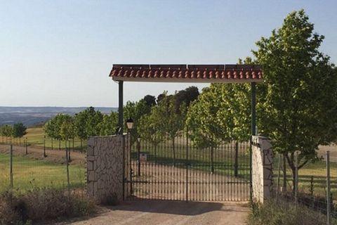 7 dormitorios Finca en venta en Villarejo De Salvanes