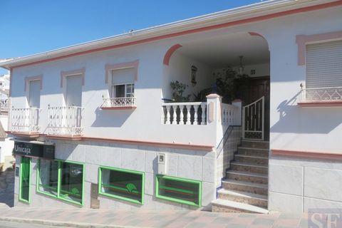 4 camere da letto Casa di città in vendita in Canillas De Albaida