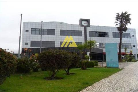 0 camere da letto Proprietà commerciale in vendita in Sintra