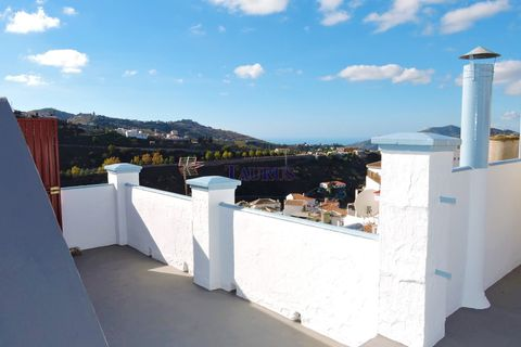 6 bedrooms Commercial property for sale in Competa