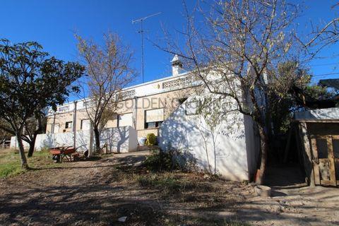 2 makuuhuonetta Huvila myytävänä Faro