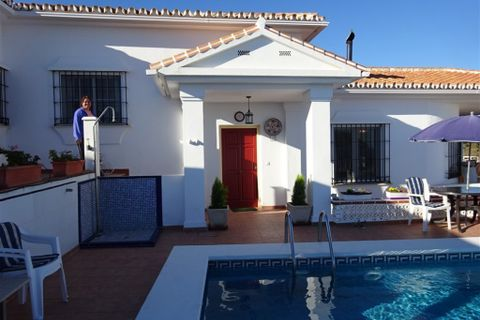 4 bedrooms Villa for sale in Benajarafe
