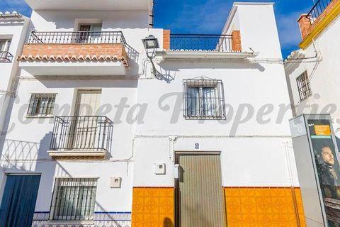 3 habitacions Casa en ciutat per vendre en Sedella
