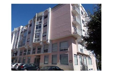 0 slaapkamers Commercieel vastgoed te koop in Rio de Mouro-Estacao