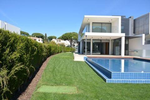 3 спален дом купить во Vilamoura