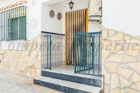 3 dormitorios Apartamento en venta en Competa