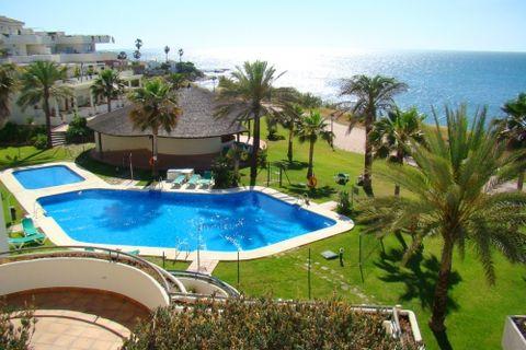 4 habitacions Apartament per vendre en Estepona