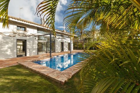 6 bedrooms Villa for sale in Marbella