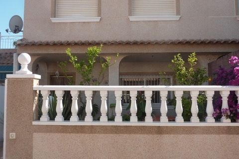 3 bedrooms Terraced house to rent in Los Alcazares