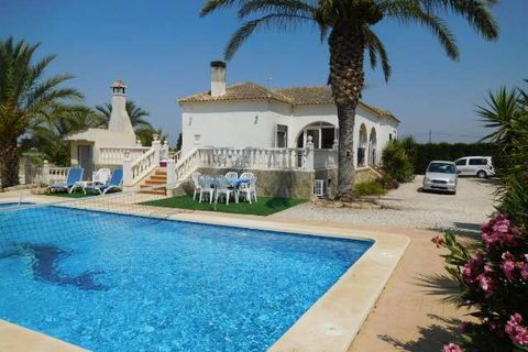 4 bedrooms Villa to rent in Catral