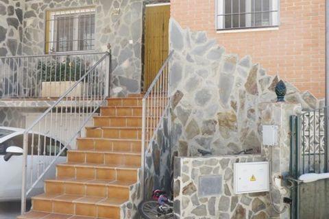 4 habitaciones Casa adosada en venta en Competa