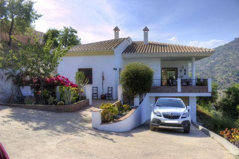 3 habitaciones Villa en venta en Comares