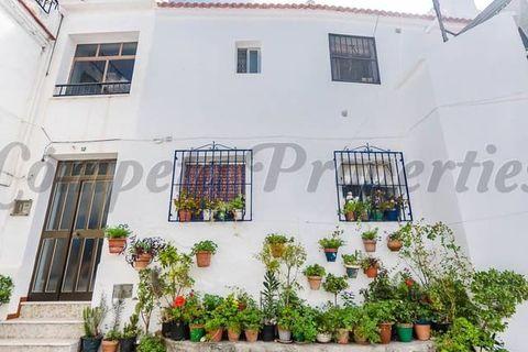3 habitaciones Casa adosada en venta en Canillas De Albaida