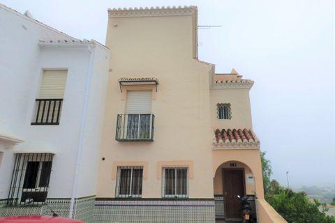 3 camere da letto Casa di città in vendita in Nerja