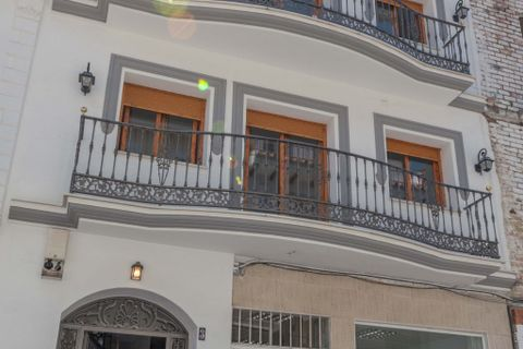 8 slaapkamers Commercieel vastgoed te koop in Alhaurin El Grande