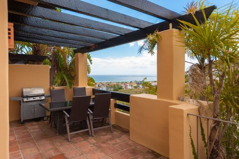4 sovrum Radhus till salu i Riviera Del Sol