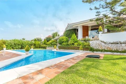3 bedrooms Villa for sale in Elviria