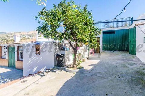 4 soveværelser Landejendom til salg i Competa
