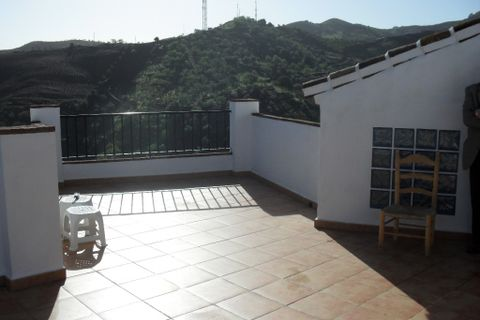 2 bedrooms Village house for sale in Almachar