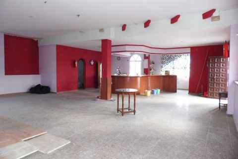 3 habitaciones Propiedad comercial en venta en Benajarafe