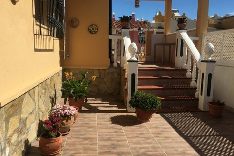4 спальни дом купить во Torre Del Mar