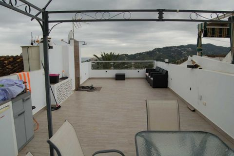 2 bedrooms Town house to rent in Nerja