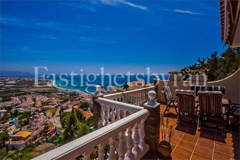4 bedrooms Villa for sale in Nerja
